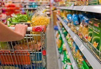 Greve dos caminhoneiros atinge o setor alimentício