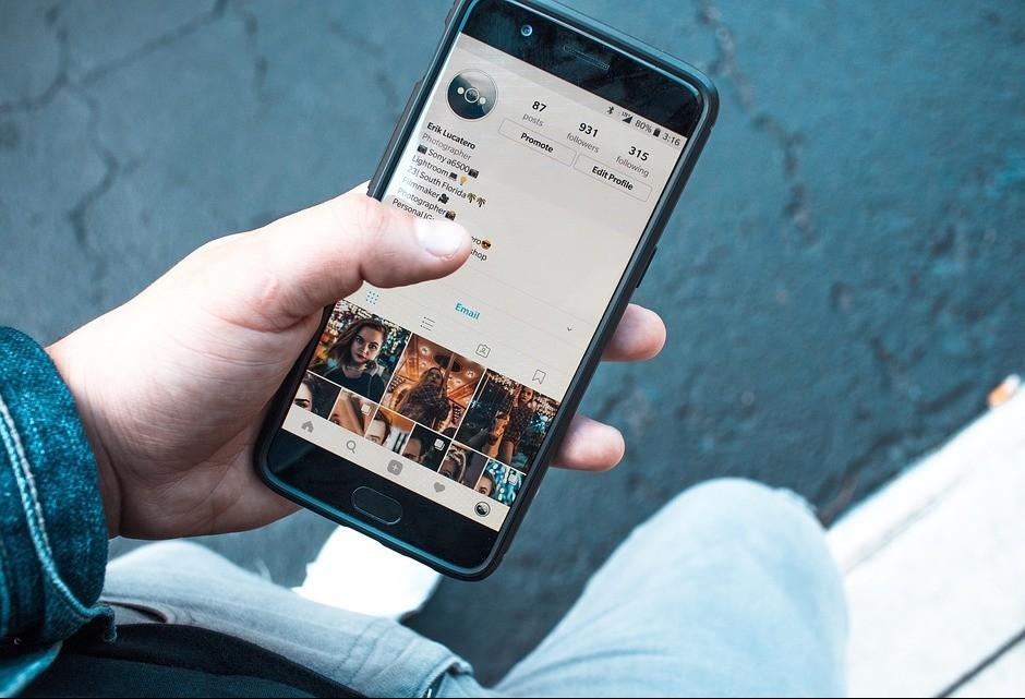 Redes sociais podem ser um perigo para as finanças pessoais