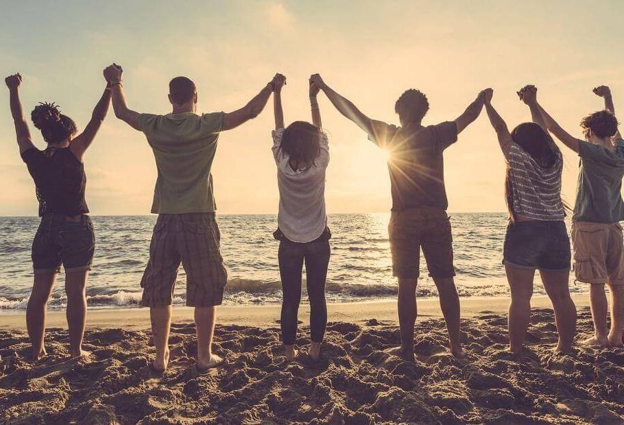 Amigo é a família que a gente escolhe, diz psicóloga