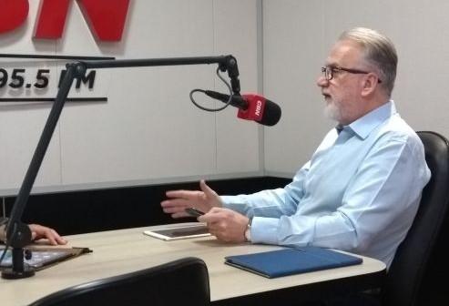 Osmar publica nota em que deixa em aberto acordos e alianças