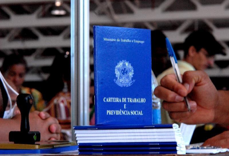 No Brasil, geração de emprego em fevereiro de 2019 surpreendeu