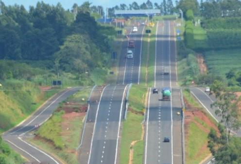 Movimento nas rodovias estaduais deve ser 25% maior no feriadão