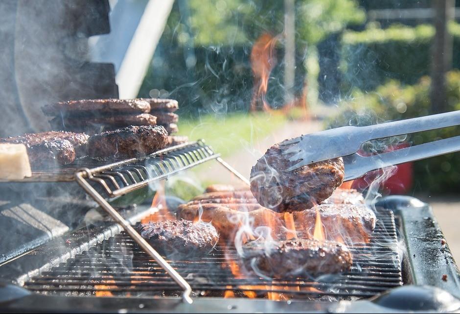 Hambúrguer: símbolo do fast food e uma das carnes mais consumidas no mundo