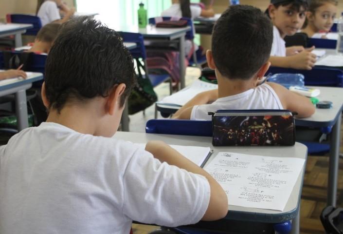 Reunião para discutir reposição de aulas na rede estadual de ensino será nessa quinta-feira (18)