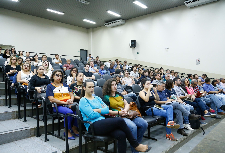 Revisão do Plano Diretor é acompanhada por mais de 200 pessoas
