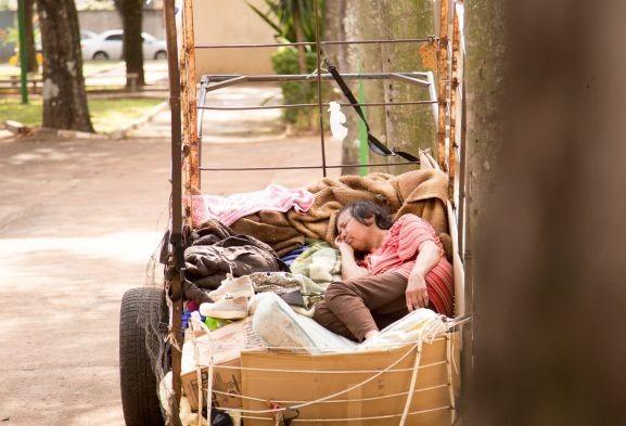 Dos 124 moradores de rua abordados, seis aceitaram ser acolhidos em Maringá