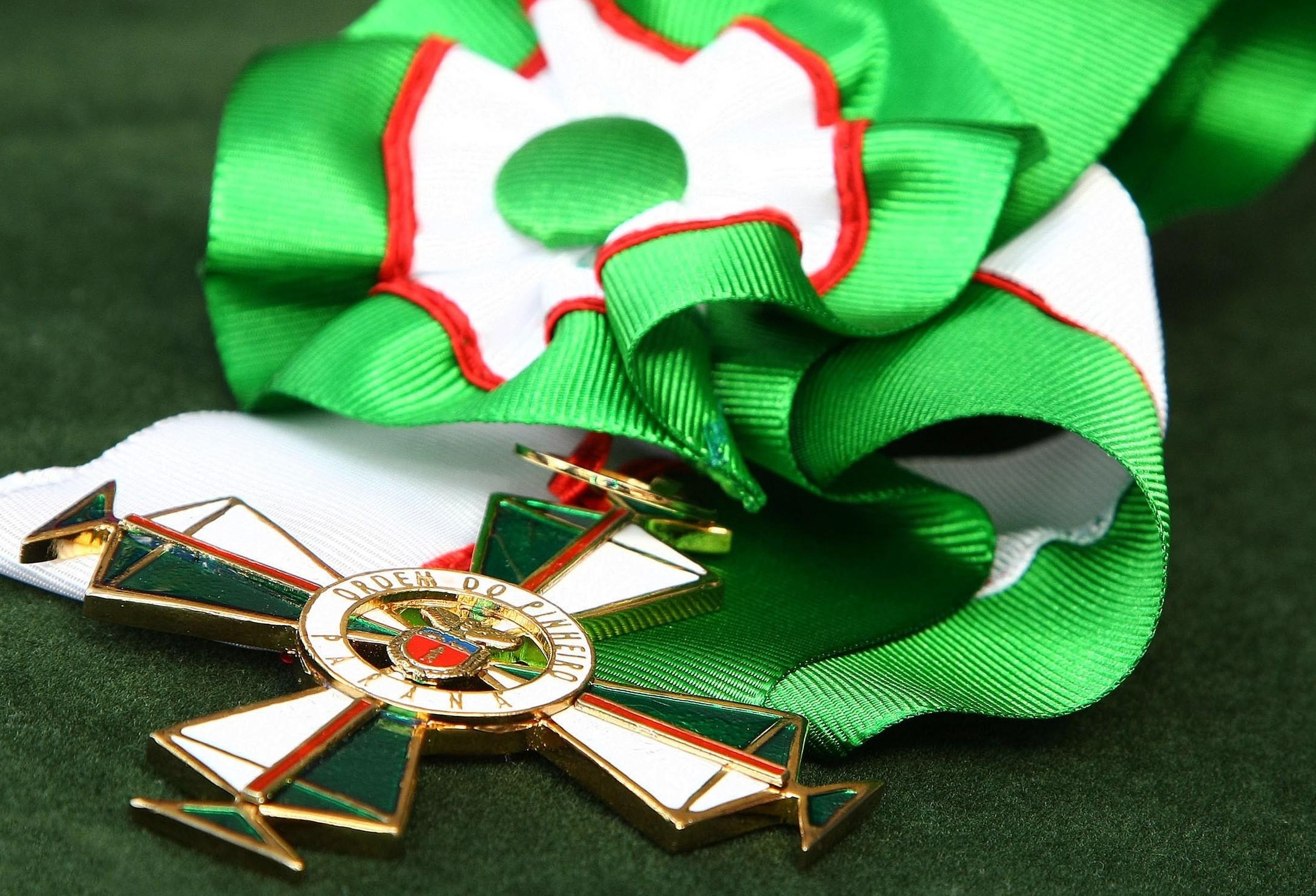 Em torno de dez maringaenses receberão Ordem do Pinheiro