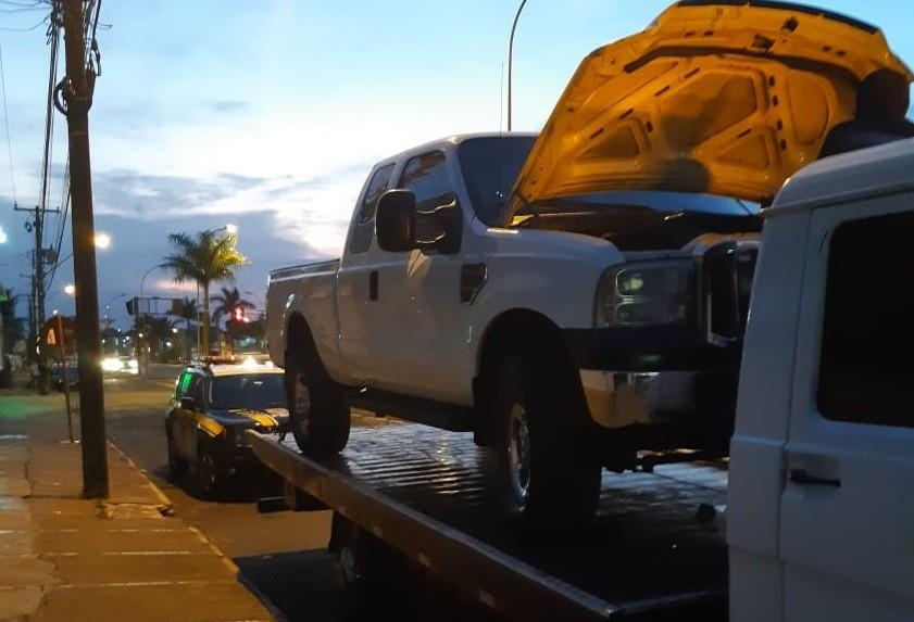 Caminhão roubado em Mato Grosso do Sul é recuperado em Paranavaí
