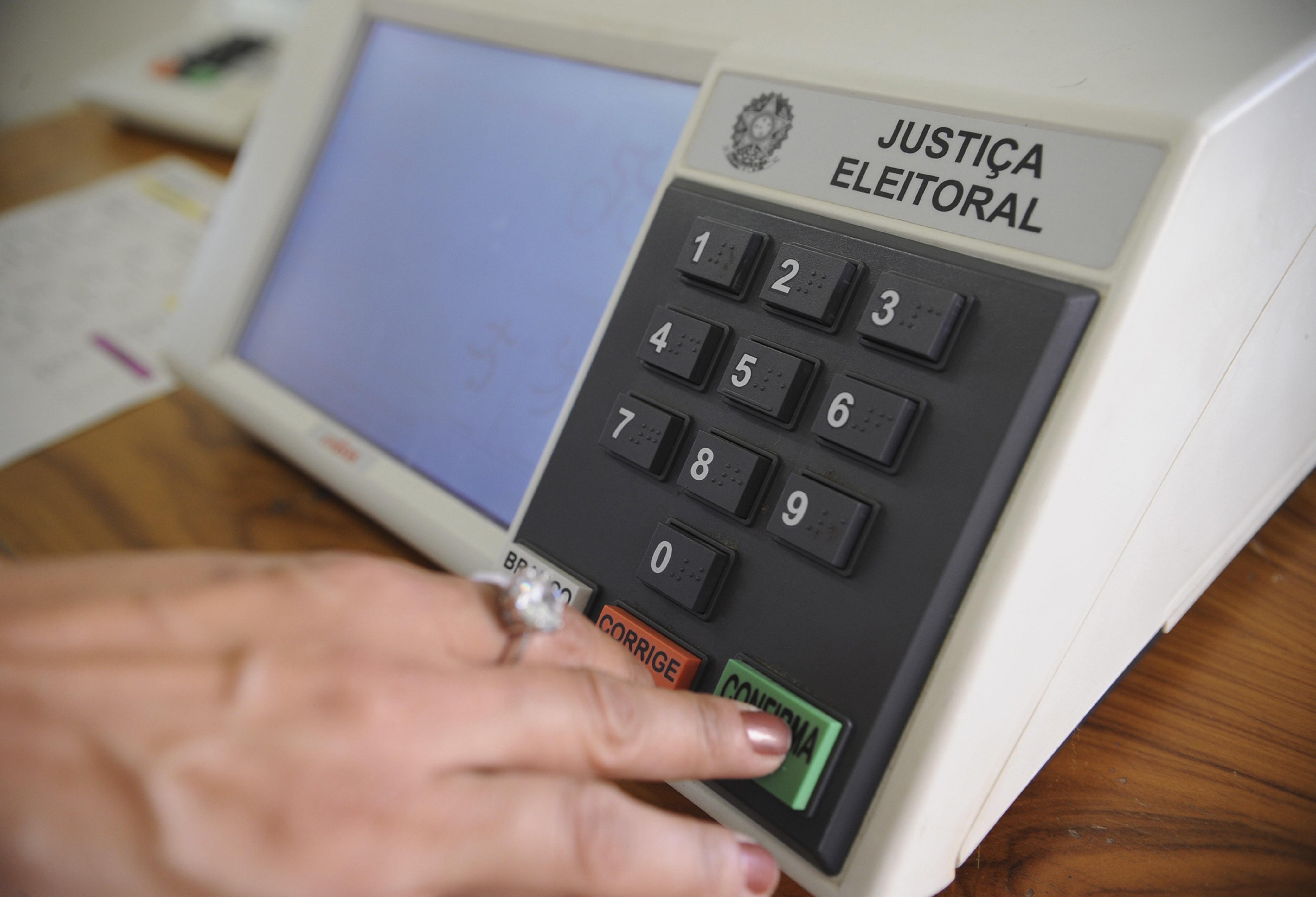 Gilson Aguiar comenta o ambiente eleitoral no Paraná