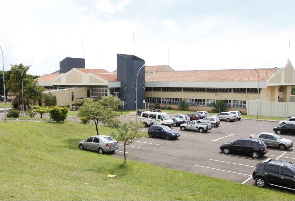 Princípio de incêndio é controlado no Hospital Municipal de Maringá