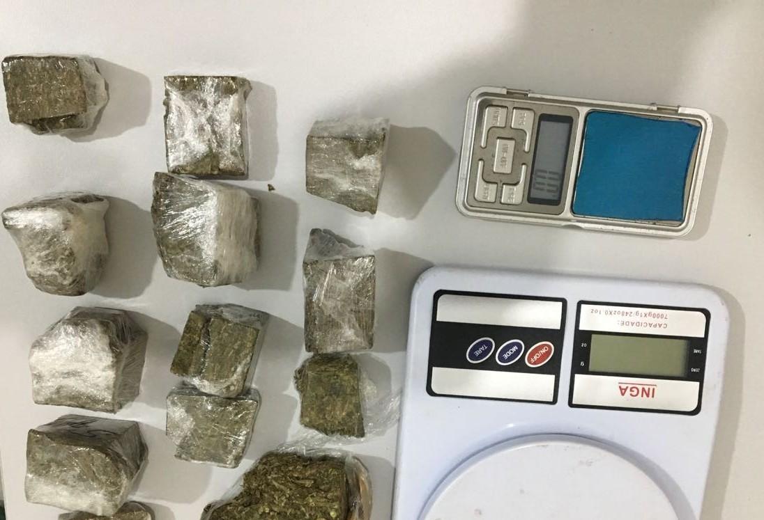 Cinco suspeitos de tráfico de drogas são presos em Sarandi