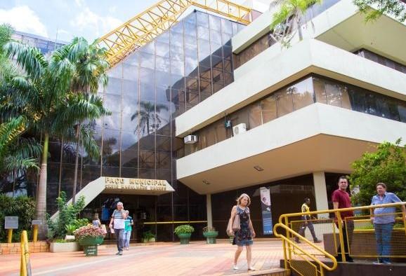 Vereadores divergem sobre a criação de novos cargos na prefeitura de Maringá