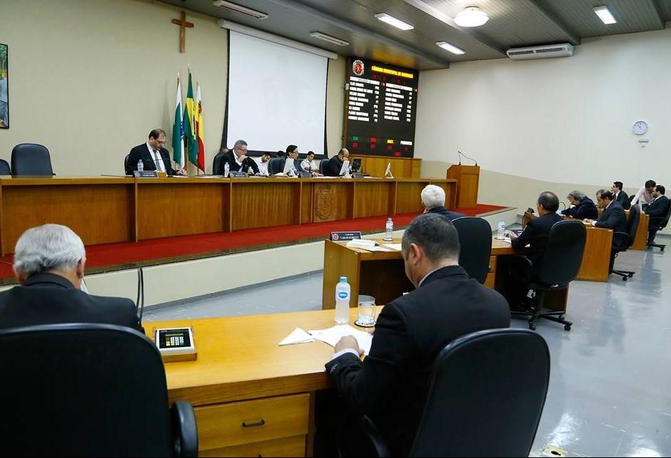 Proposta sugere Câmara de Maringá com 23 vereadores
