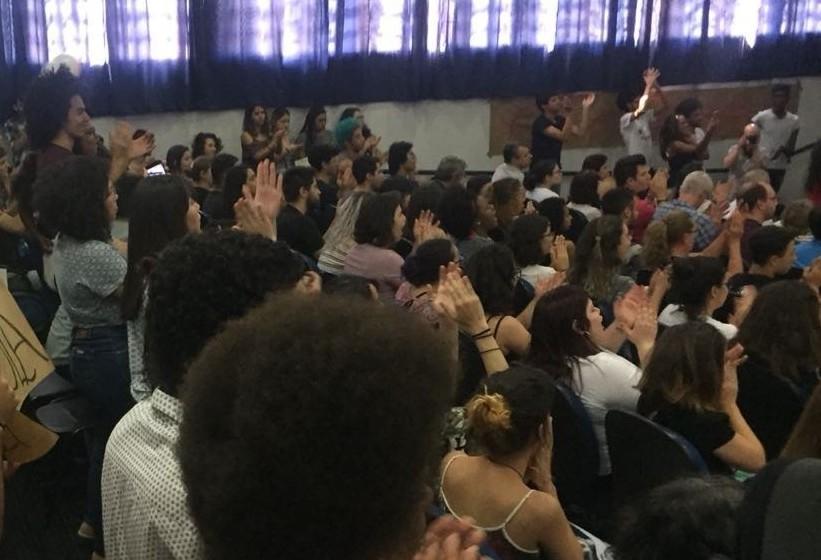 Grupo de relatores analisa implantação de cotas raciais na UEM