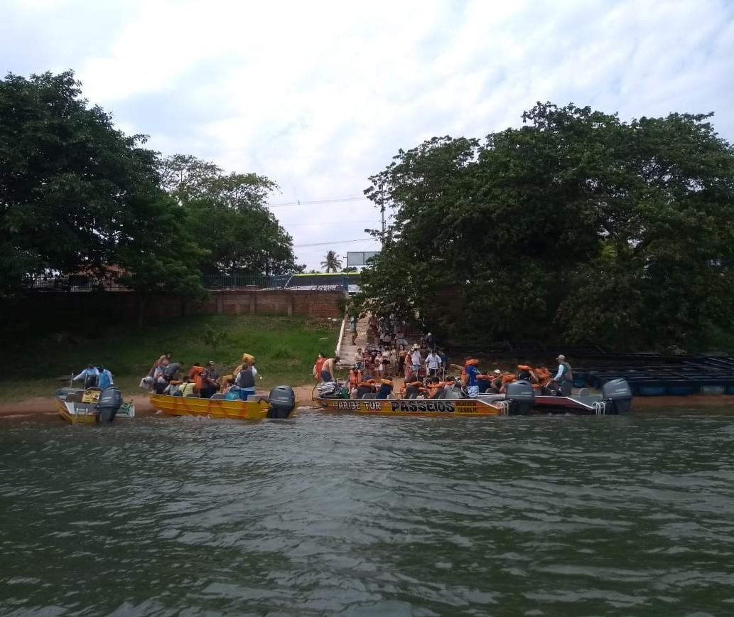 Em três dias, bombeiros fizeram mais de 600 atendimentos nas prainhas do Rio Paraná