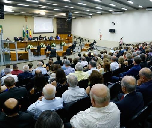Câmara de Maringá gastou R$ 19 mil em diárias em 2019
