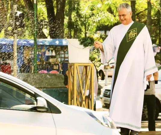 Catedral de Maringá fará benção de veículos no próximo domingo (25)