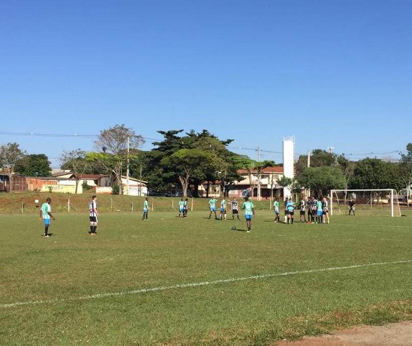 Torneio reúne refugiados em Maringá