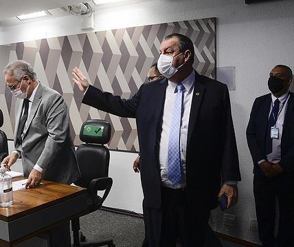 CPI da Covid-19: Aziz encerra depoimento de Ricardo Barros e decide fazer nova convocação