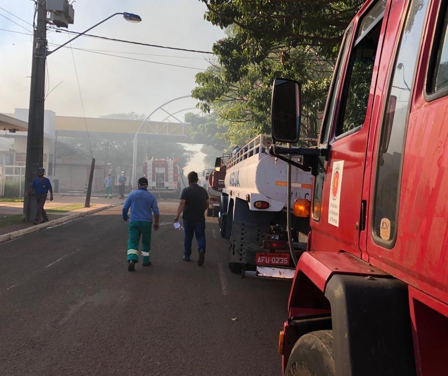 Incêndio em shopping atacadista: Semusp disponibiliza 5 caminhões pipa