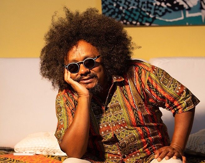 Cantor Chico César participa do Festival Afro-brasileiro em Maringá