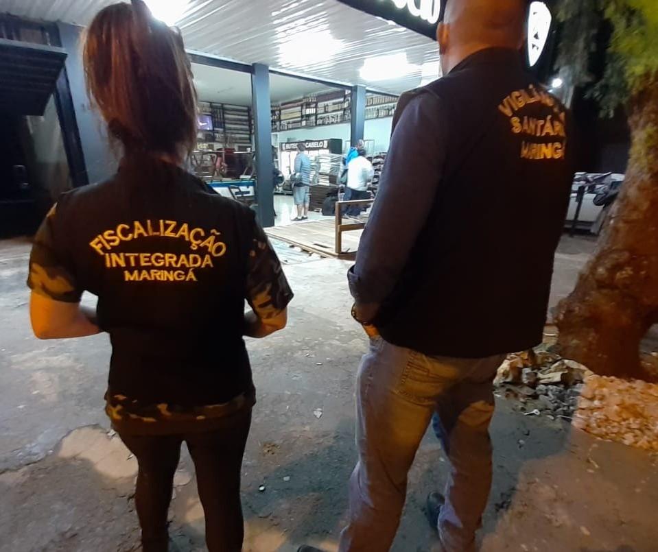 Fiscalização faz 38 vistorias e carrinho de lanches é autuado e interditado em Maringá