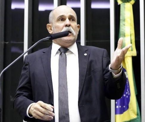 """""""Vejo a saída de Moro com grande pesar"""", diz deputado federal sargento Fahur"""