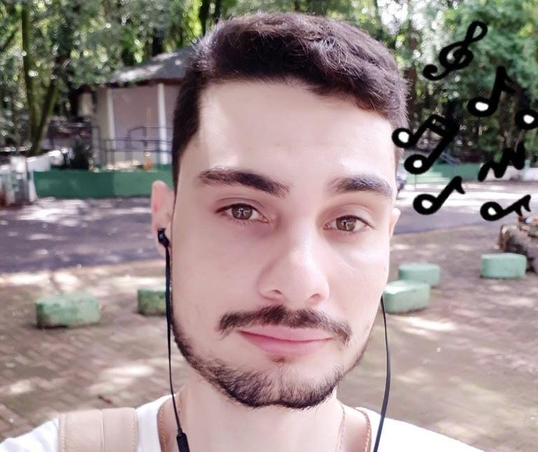 Jovem espancado durante assalto recebe alta: 'Ele não consegue lembrar o que aconteceu', diz irmão