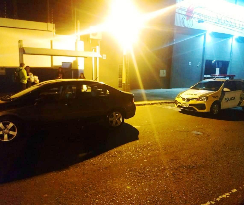 Motorista de ônibus esfaqueia condutor de carro em Maringá