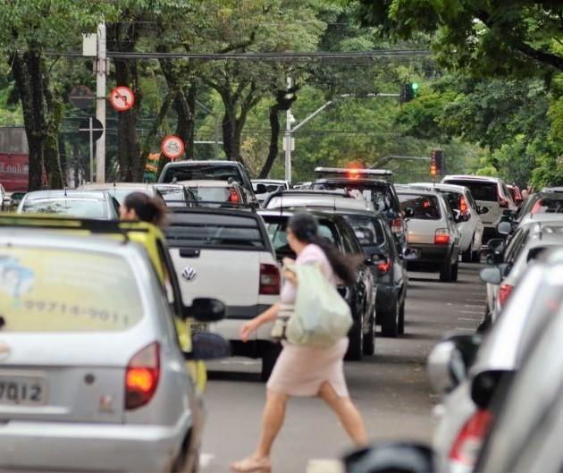 Levantamento indica ruas e cruzamentos de Maringá com maior número de acidentes