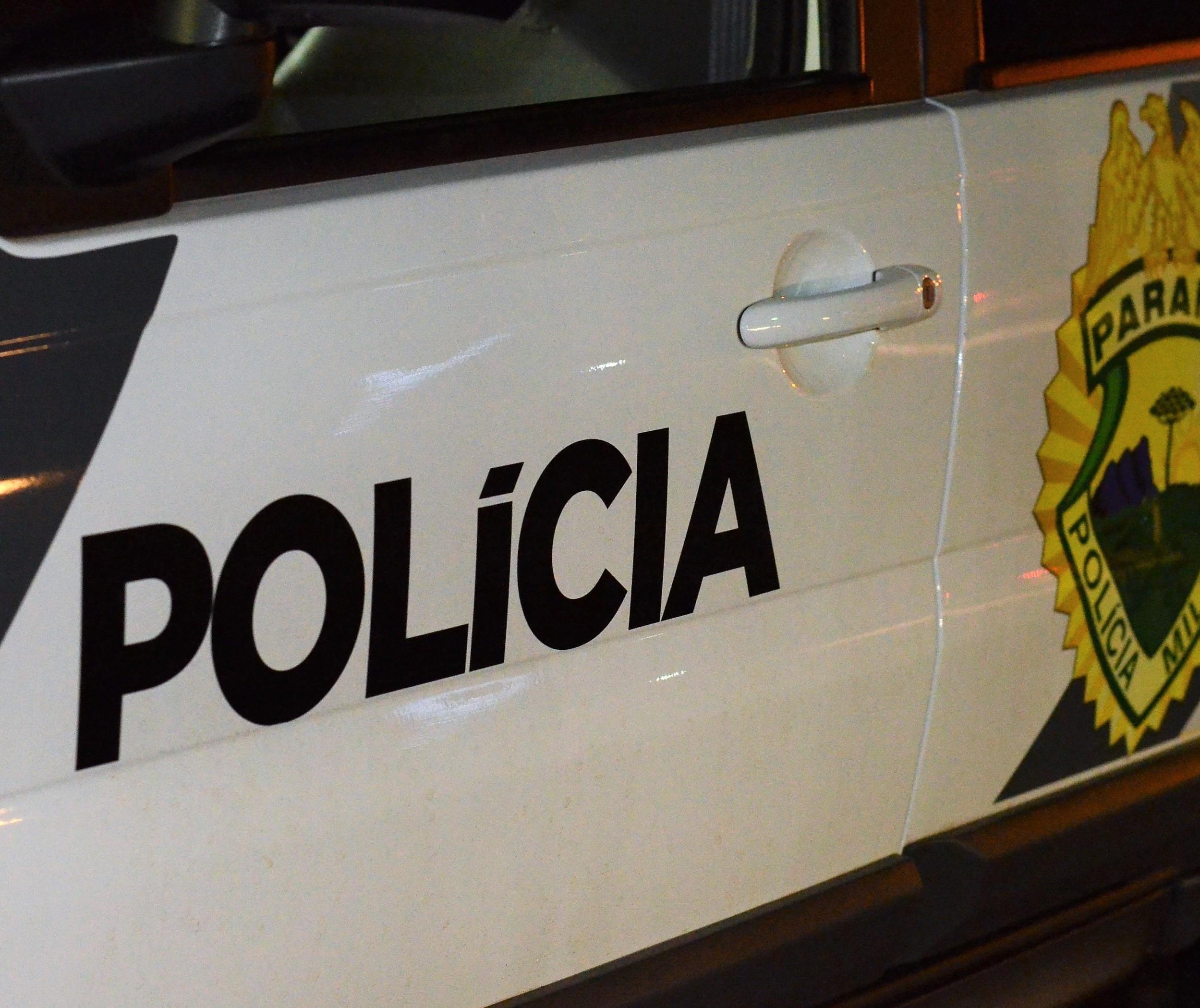 Filho de policial aposentado chora ao ser preso por tráfico