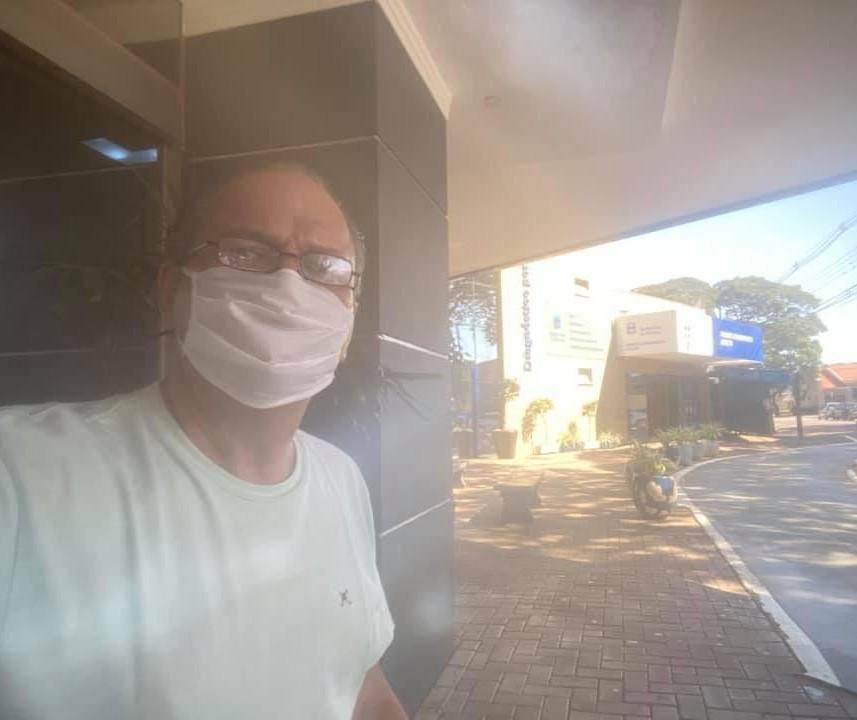 Com coronavírus, Ricardo Barros recebe alta do hospital