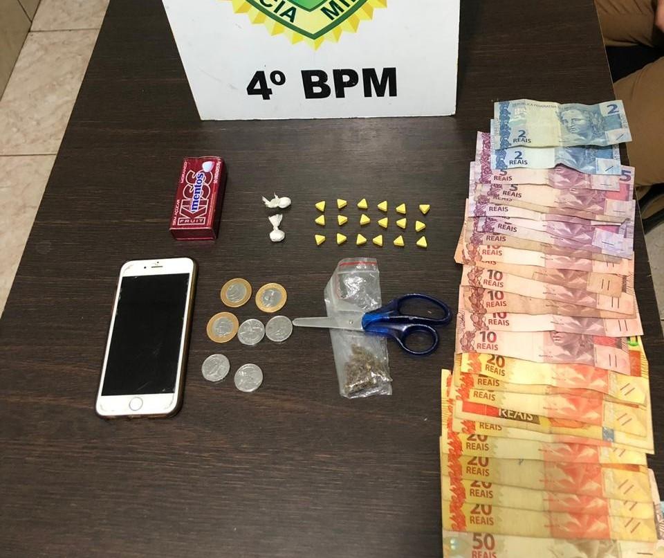 Um rapaz e dois adolescentes são detidos por tráfico de drogas na Zona 7