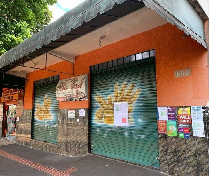 Moradores querem reabertura de padarias e açougues nos bairros