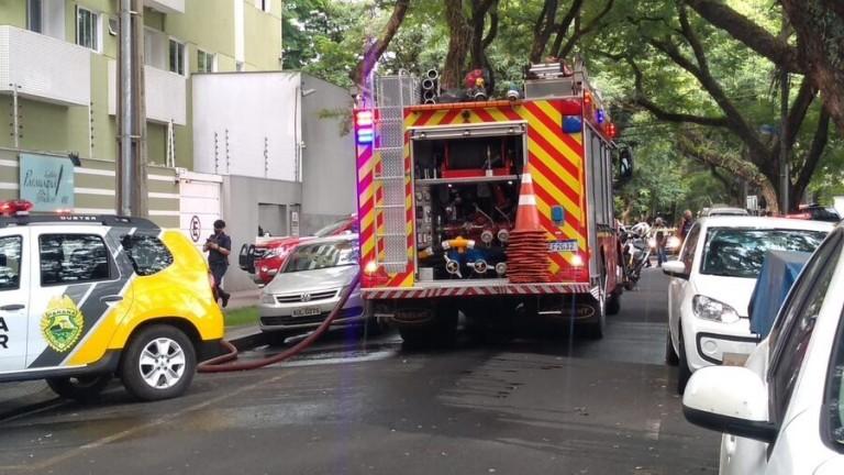 Homem que ateou fogo em apartamento se entrega à PM após 4 horas de negociação