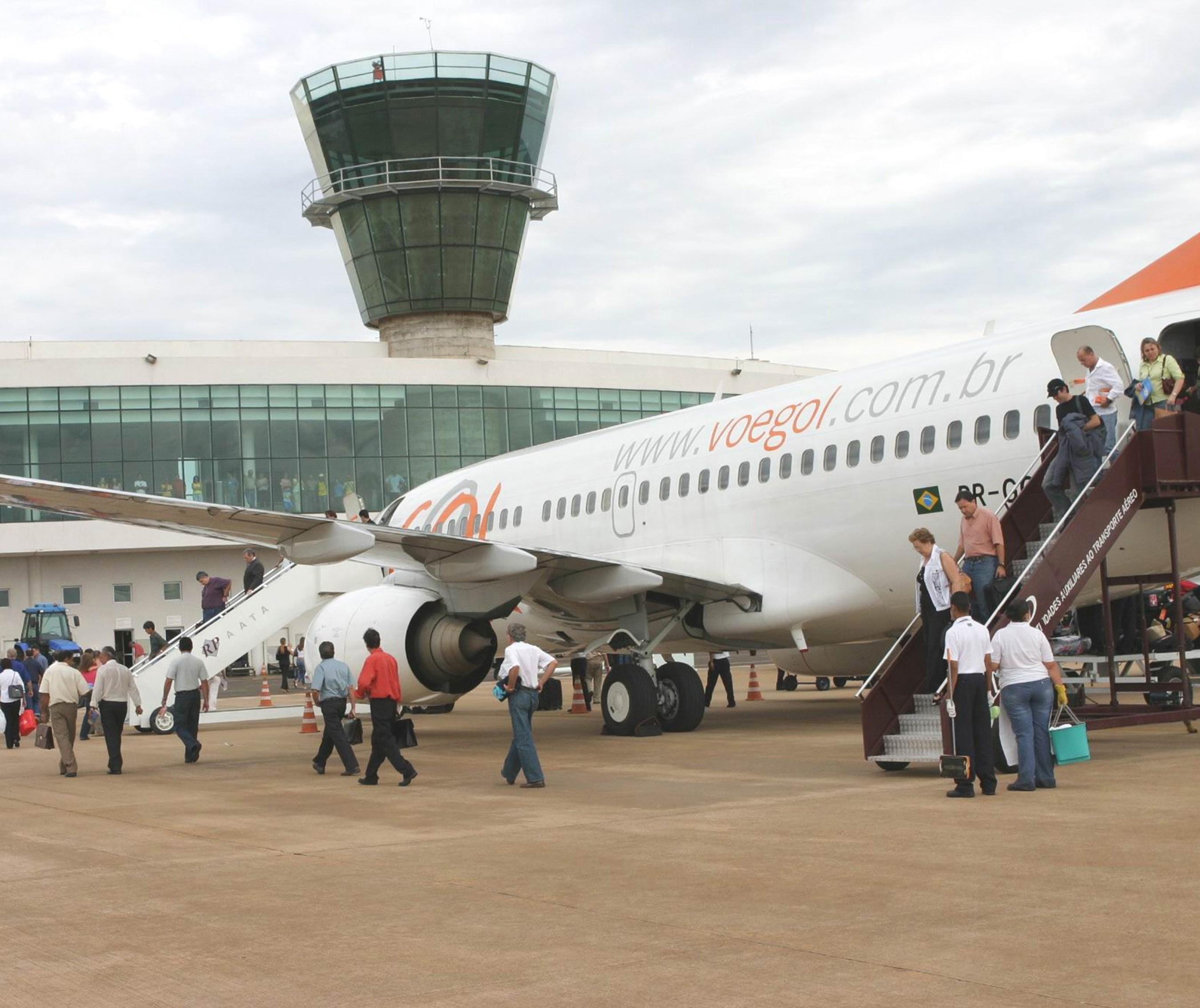Em Maringá, aeroporto espera ter mais voos em maio