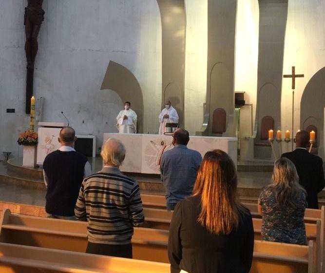 Arquidiocese de Maringá retoma missas presenciais a partir de segunda-feira (12)