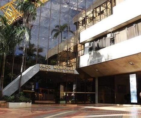 Decreto suspende aulas presenciais, amplia toque de recolher e prevê outras medidas restritivas em Maringá