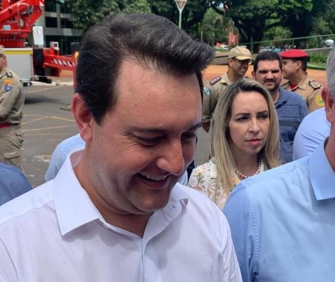 Ratinho anuncia R$ 11 milhões para recapeamento de ruas em Maringá