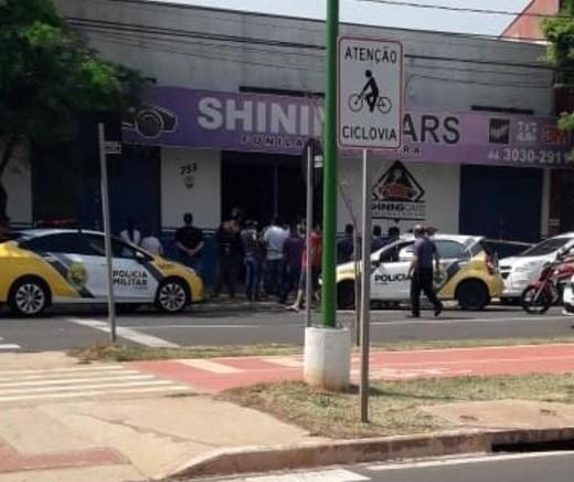 Homem é morto a tiros dentro de oficina na Avenida Carlos Borges