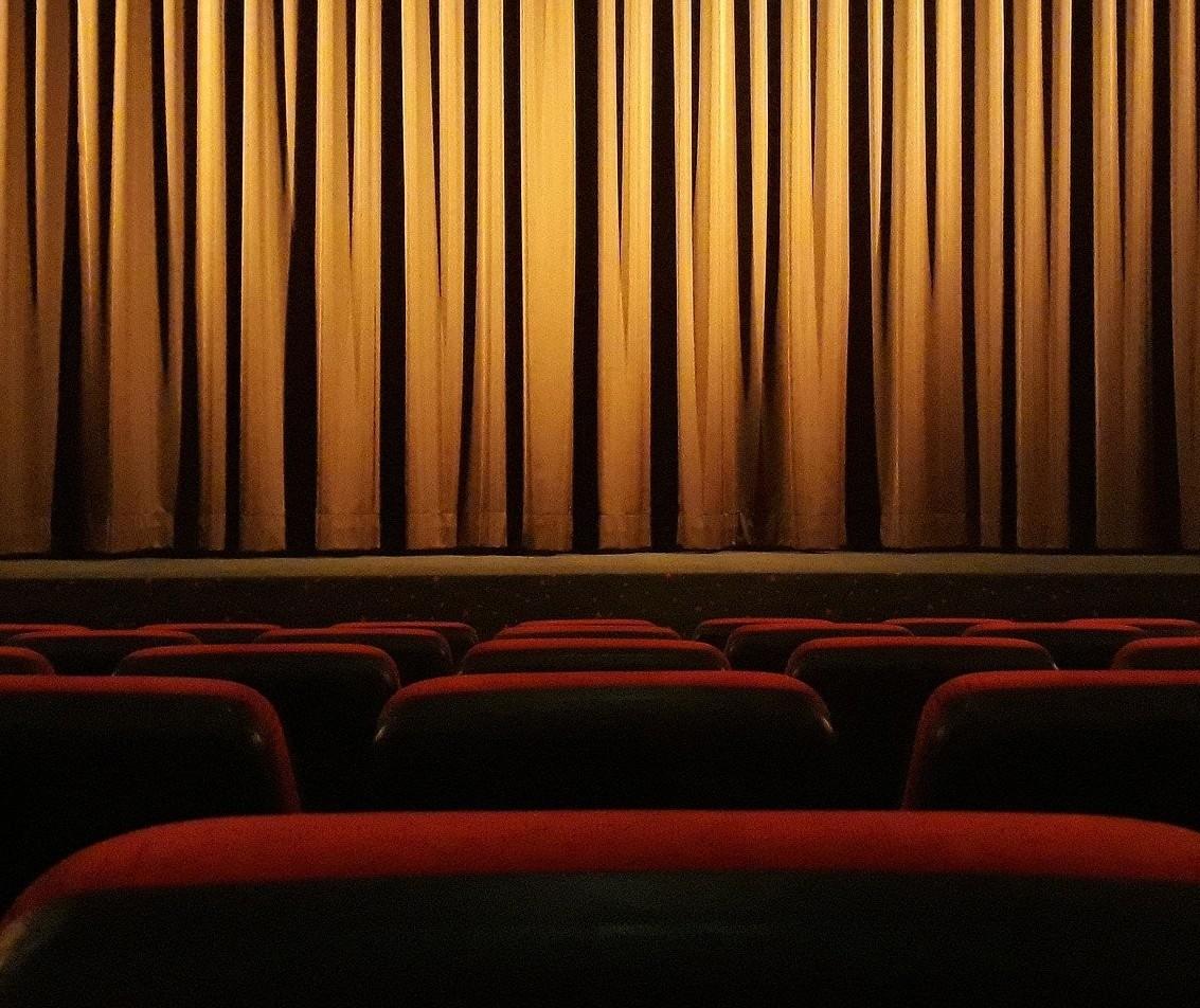 """Crise no entretenimento pode colocar fim na """"meia entrada"""""""