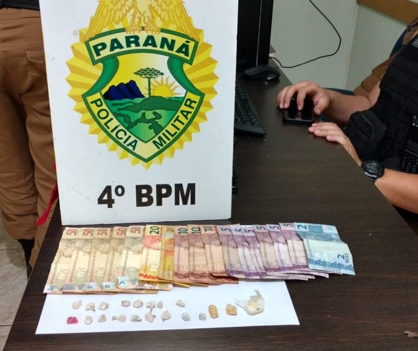Dois homens são presos por tráfico de drogas após denúncia