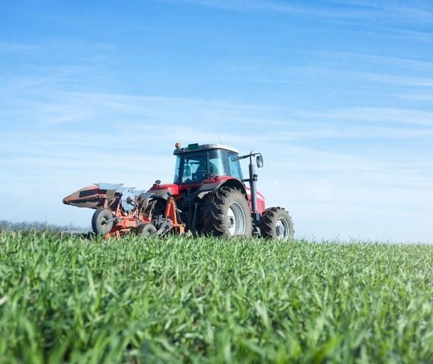 Nova plataforma permite o registro gratuito de tratores e máquinas agrícolas
