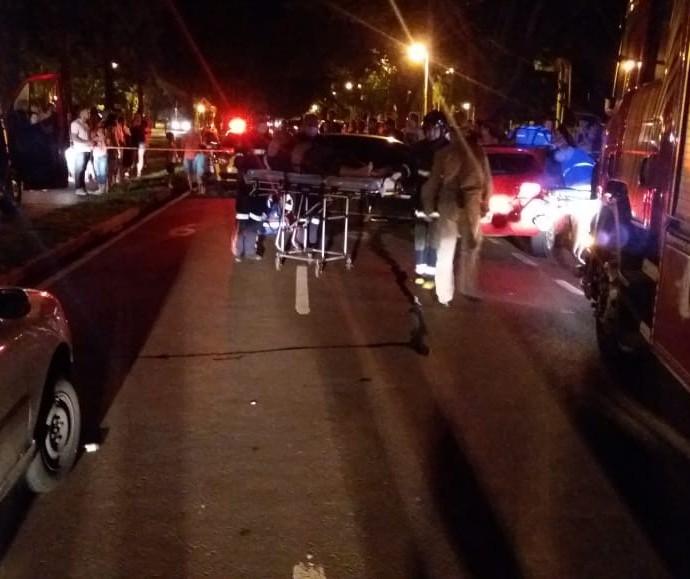 Acidente envolvendo três veículos deixa uma pessoa ferida