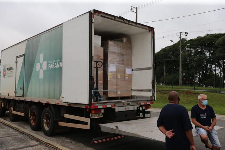 15ª Regional de Saúde de Maringá recebe itens para vacinação contra a Covid-19