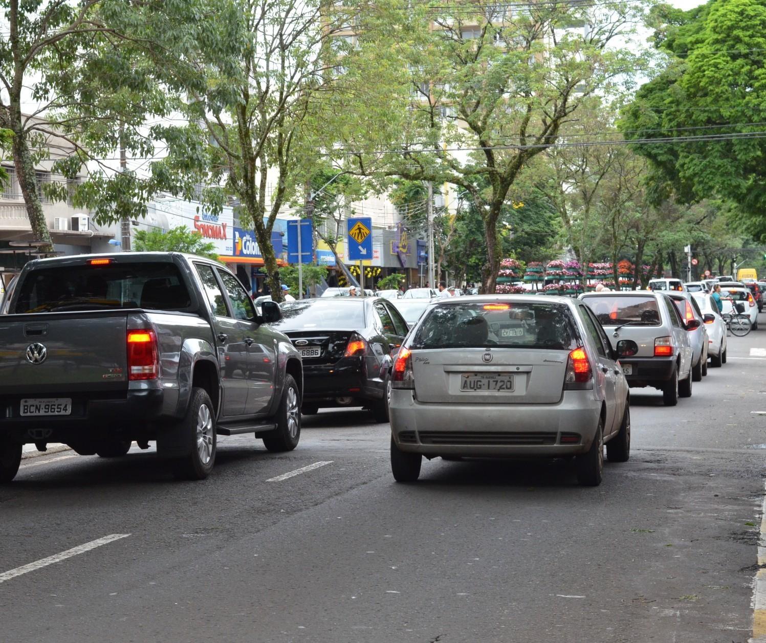 IPVA não tem obrigatoriedade de investimento em rodovias e vias urbanas