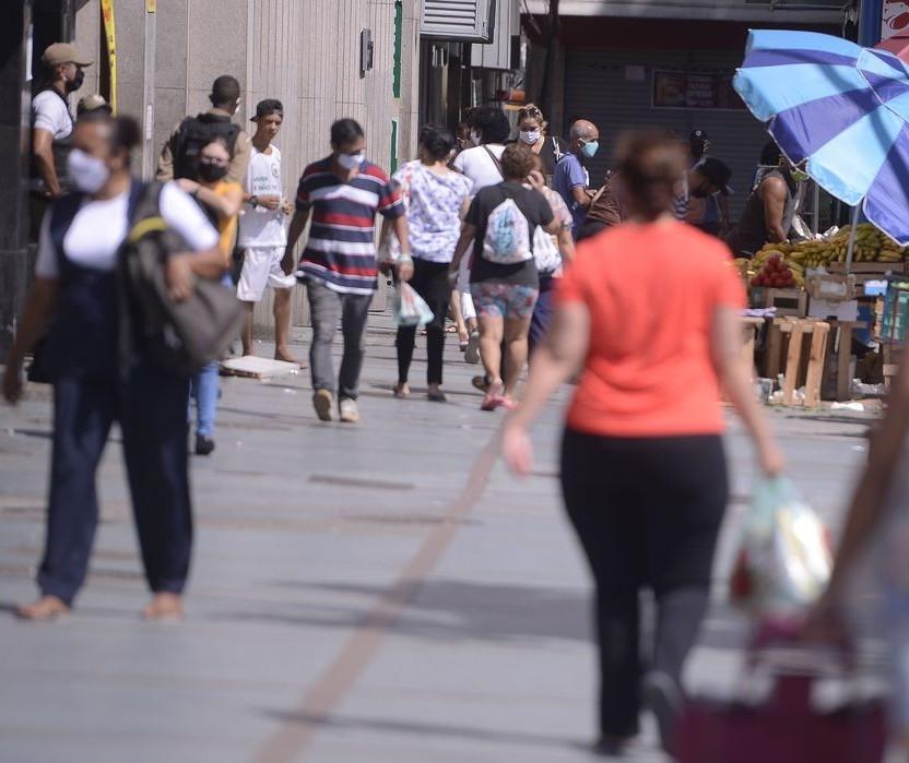 Governo do Estado confirma medidas restritivas em Curitiba e região oeste