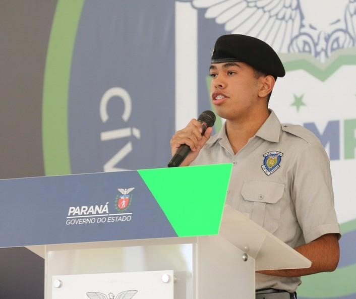 Votação do método cívico-militar em escolas de Maringá e região será retomada