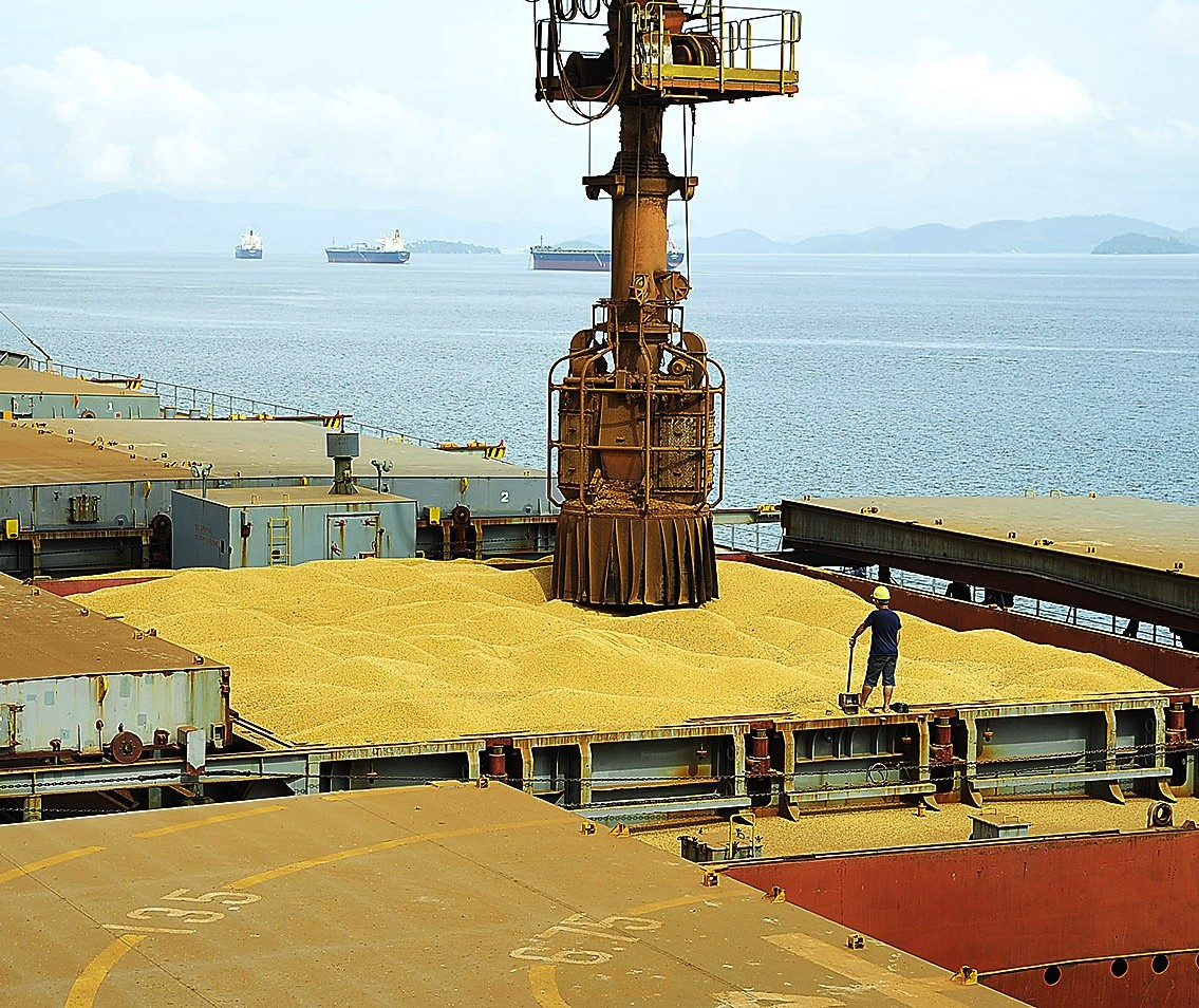 Alguns exportadores avaliam paralisar atividades por alta do frete