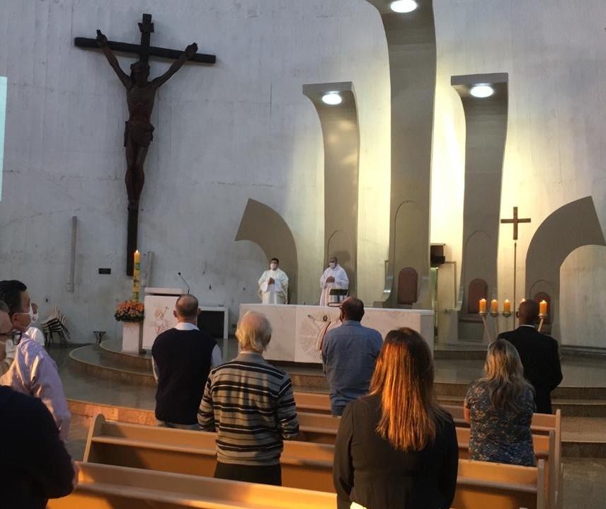 Neste domingo (17)  foram retomadas as celebrações na Catedral de Maringá